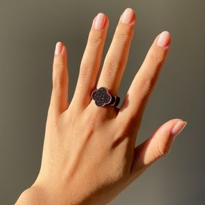 Sparkly Black Clover Enamel Ring